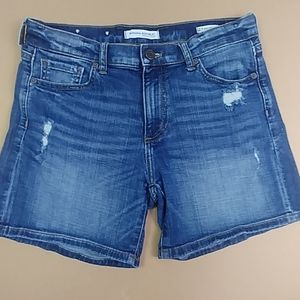 Distressed Banana Republic roll up shorts size 27